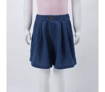 girl's knitting skirt